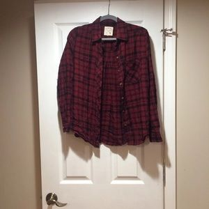 Button-down flannel long sleeve